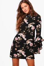 Boohoo Petite Kelly Floral Ruffle Sleeve Shift Dress para Mujer