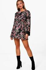 Boohoo Millie Extreme Flute + Lace Mix Skater Dress para Mujer