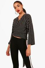 Boohoo Amelia Stripe Wrap Tie Top per Donna