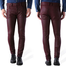 DIESEL TEPPHAR 084bf - Uomo Tapered Fit jeans con buchi BORDEAUX SIMILPELLE