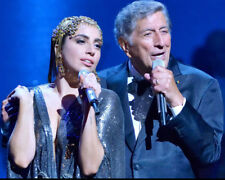 Tony Bennett Lady Gaga Singing In Concert Together 8x10 Photo