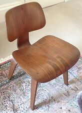 VINTAGE EAMES HERMAN MILLER DCW  PLYWOOD CHAIR MID CENTURY MODERN GOOD CONDITION