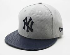 NEW ERA 59FIFTY FITTED CAP. DIAMOND ERA PERFORATED NEW YORK YANKEES. GREY/NAVY