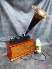 A GOOD WORKING CLASSIC HOME PHONOGRAPH COLLECTORS EDITION CASSETTE,RADIO TUNER