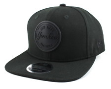NEW ERA 9FIFTY SNAPBACK CAP. NEW YORK YANKEES RUBBER EMBLEM. BLACK/BLACK