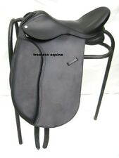 Premium Quality Leather Dressage Treeless Saddle Black +  Accessories in 5 sizes