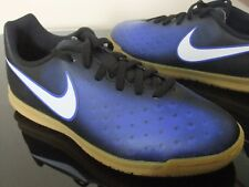 garçons NIKE MAGISTAX ola II IC Football Sport Casual Jeux baskets uk taille 2 -