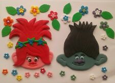 Edible cake decoration plaque TROLLS / POPPY / BRANCH with edible flowers
