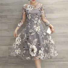 Women Floral Embroidered Vintage Style Mesh Party Wear Knee-length Dress