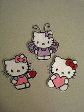 HELLO KITTY EMBROIDERED PATCH / APPLIQUE