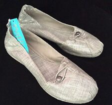 ESPADRILLE CANVAS SLIP ON PUMP PLIMSOLL SILVER GREY SIZE 3.5  4 4.5 5 5.5 6 6.5