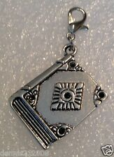 1 x Tibetan silver Wiccan Wicca Pagan witch halloween clip on European charms C