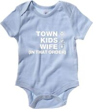 Body neonato WC1138 cheltenham-town-kids-wife-order-tshirt design