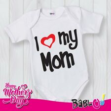 "Body Neonato Bodino Idea Regalo Per La Mamma ""I Love My Mom"""