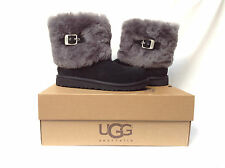 BNIB Authentic UGG Australia Ellee Boots (Suitable for Kids or Women) Black