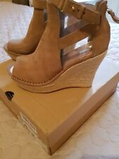 UGG WOMEN JOLINA WEDGED SANDELS BNWT AND BOX COLOUR TAUPE SIZE UK 7.5/EURO 40