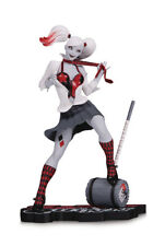 PREOEDINE!!! HARLEY QUINN RED WHITE&BLACK BY G.MARCH DC DIRECT  (63160)