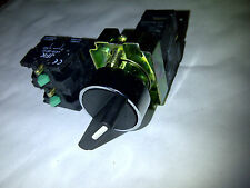 2 POSITION SELECTOR SWITCH MAINTAINED 1/2 OR 3 N/O CONTACTS NEW 22MM PANEL MOUNT