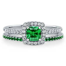 Silver 0.89 CT Cushion Simulated Emerald CZ Halo Solitaire Engagement Ring Set
