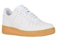 NEW MENS NIKE AIR FORCE 1 LOW BASKETBALL SHOES TRAINERS WHITE / WHITE / GUM