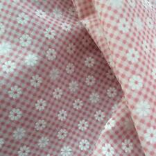 Printed Daisy Gingham Pink fabric material 115cm poly cotton sold by the metre