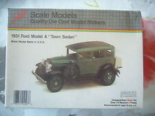 "VOITURE FORD MODEL A ""TOWN SEDAN"" 1931 JLC SCALE MODELS 1.20°"