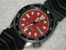 VINTAGE SEIKO 150 M AUTOMATIC DAY & DATE DIVER MENS WATCH--RARE RED DIAL-