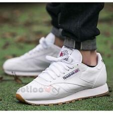 Shoes Reebok Classic Cl Leather Sneakers 49799 Classic Running Man White Gum
