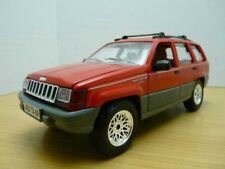 JEEP GRAND CHEROKEE ZJ LAREDO rouge 1/18