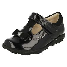 Infant Girls Clarks Bow Detail T-Bar Hook & Loop Patent Leather Shoes Ella Ruby