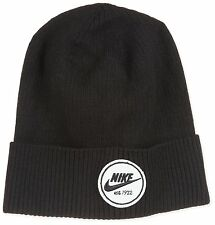 Nike Mens Cuffed Core Beanie Sull Cap Black/White 628672-010