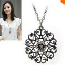 Star Jewelry New Design European Pop Hollow Flower Long Necklace Sweater Chain N