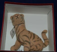 Vintage R. John Wright: Winnie-the-Pooh Tigger Plush Jointed Limited Edition MIB