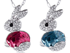 NEW Beautiful Crystal Rabbit Necklace, UK Seller