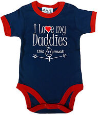 "LGBT TUTINA BAMBINO "" I LOVE MY Daddies This MOLTO "" GUARNITI Tutina GAY PRIDE"