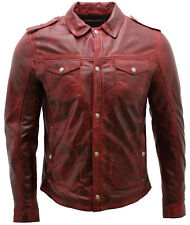 uomo in pelle bordeaux jeans vintage giacca camicia