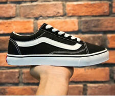 Classic OLD SKOOL Low Top Casual Canvas sneakers Mens Womens Shoes