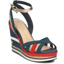 Tommy Hilfiger Corporate Wedge FW0FW02396020 negro sandalias