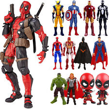 Marvel Avengers Deadpool Spiderman Super Eroe Modello PVC Action Figure Bambola