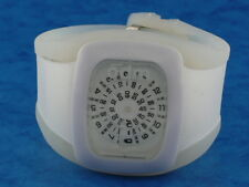 WHITE Large Vintage Inspired Retro 70s Jump Hour styl LED LCD DIGITAL era Watch