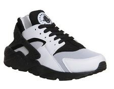 Nike Air Huarache BLACK/WHITE *Limited Edition* All Sizes *Free P&P*