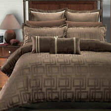 Full/Queen 8PC Super Soft Janet Jacquard Bedding Set With Down Alt Comforter
