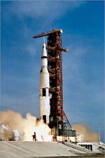 Forex Apollo 11 space vehicle taking off from Kennedy Space Center - S. Images