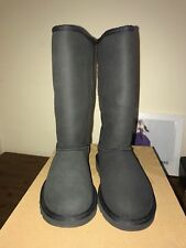 UGG Classic Tall boots in Black