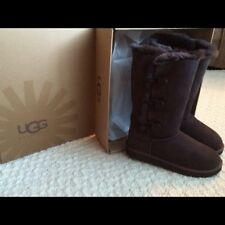 UGG Bailey Button Triplet in Chocolate