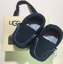 *NIB* UGG Kids I Sivia Slip-on Navy size 2/3 (6-12M) Or 4/5 (12-18M) Loafers