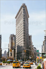 Poster Famous Flatiron building between Broadway and Fifth ave... - M. Colombo