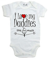 "DIVERTENTE TUTINA BAMBINO "" I LOVE MY Daddies This MOLTO "" body lgbt gay pride"