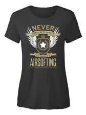 Airsofting The Power Of - Never Underestimate A T-shirt Élégant pour Femme