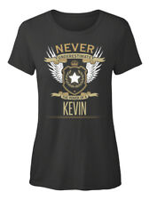 Kevin The Power Of - Never Underestimate A T-shirt Élégant pour Femme